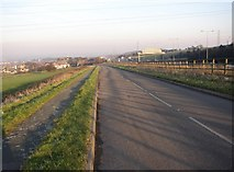 SE1220 : Diverted road, Pinfold Lane, Fixby by Humphrey Bolton