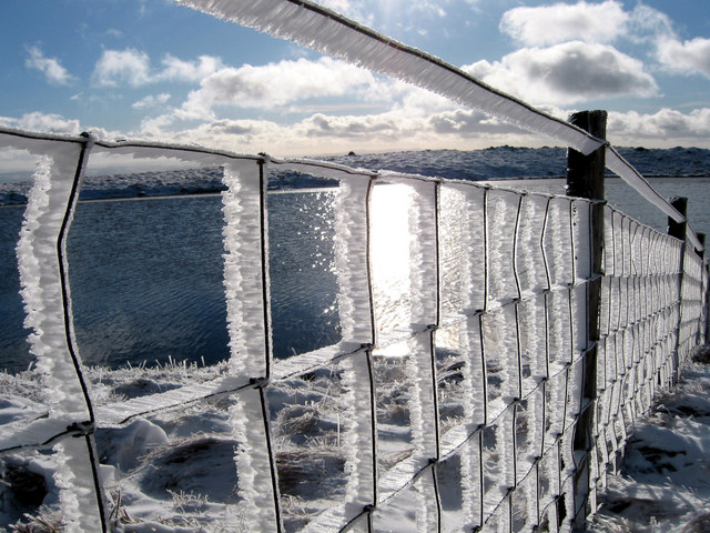 Llyn Y Fign with ice fence