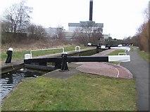 SO9199 : Birmingham Canal - Wolverhampton Lock 7 by John M
