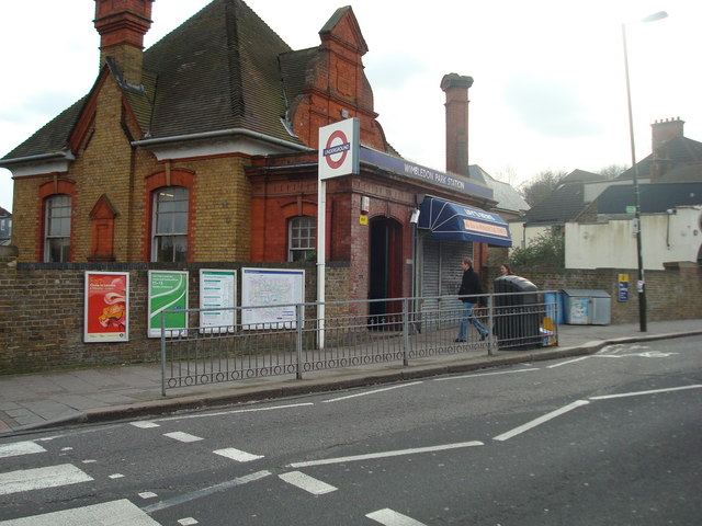 Wimbledon Park Underground Station