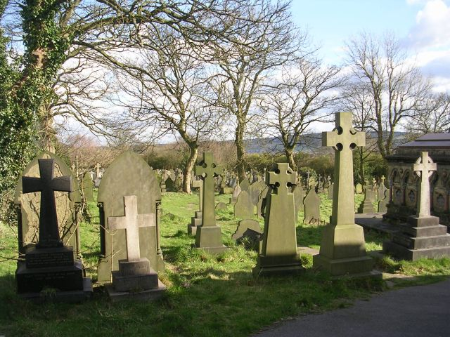 All Saints Graveyard - Dudwell Lane