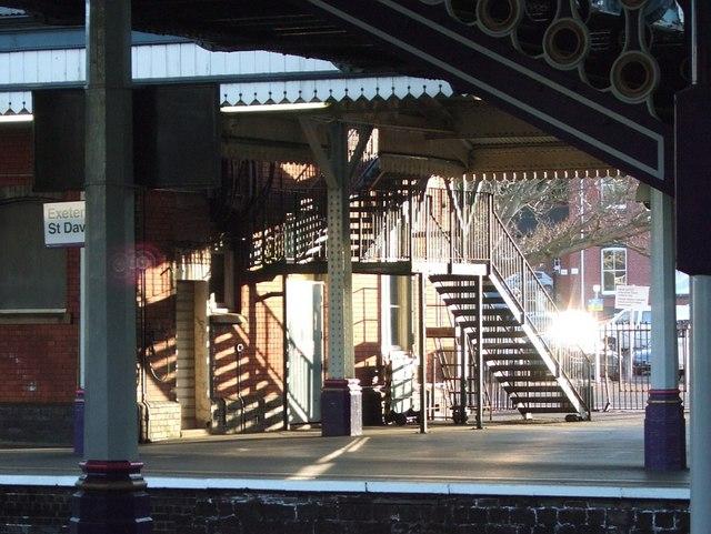 Platform 1, Exeter St David's