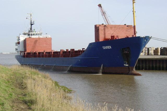 Skadi at Barrow Haven Wharf