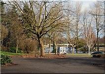 J3371 : Car park, Stranmillis, Belfast by Albert Bridge
