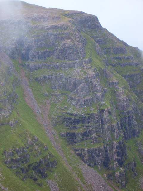 Dyke at Coir' an Fhamair