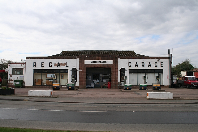The Regal Garage, Hanley Road, Upton