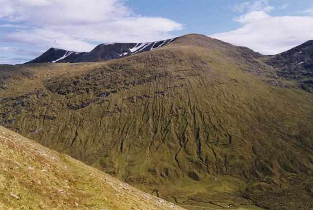 On Sgùrr nan Ceannaichean's southern flanks