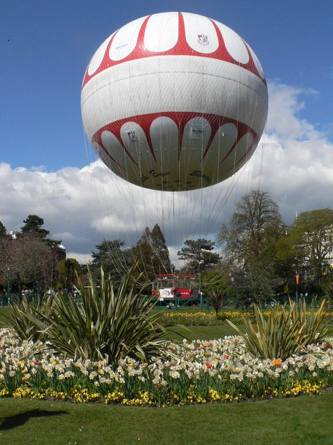 Bournemouth: the tethered balloon