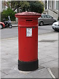 """TQ2784 : """"Anonymous"""" (Victorian) postbox, Belsize Grove, NW3 by Mike Quinn"""