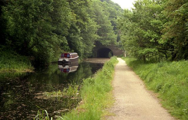 Sowerby Long Bridge 2, Rochdale Canal, Friendly