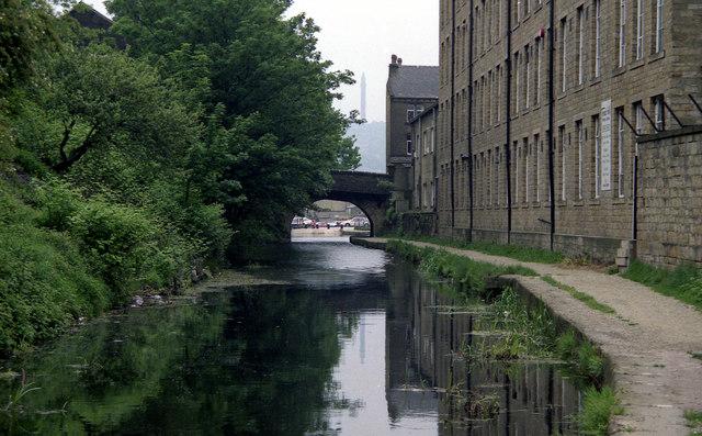 Tower Hill Bridge, Rochdale Canal, Sowerby Bridge
