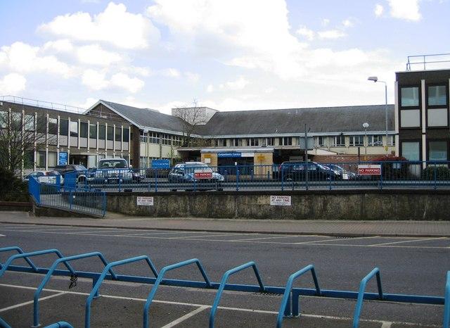 Outpatients Centre - Addenbrooke's Hospital by Sandy B