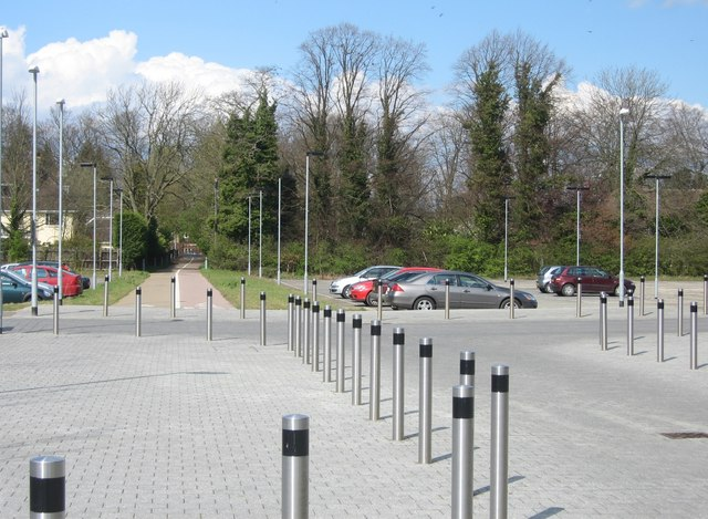 Bicycle access to the Addenbrooke's site from Long Road by Sandy B