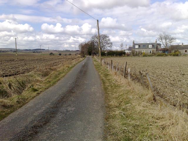 Road near Northbog cottages