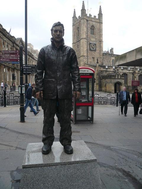 Newcastle Upon Tyne - Grainger Street Sculpture