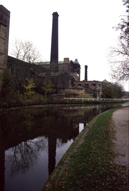 Bingley, Leeds and Liverpool Canal