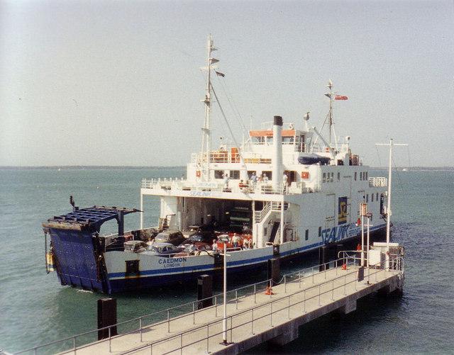 """""""Caedmon"""" docking at Yarmouth"""