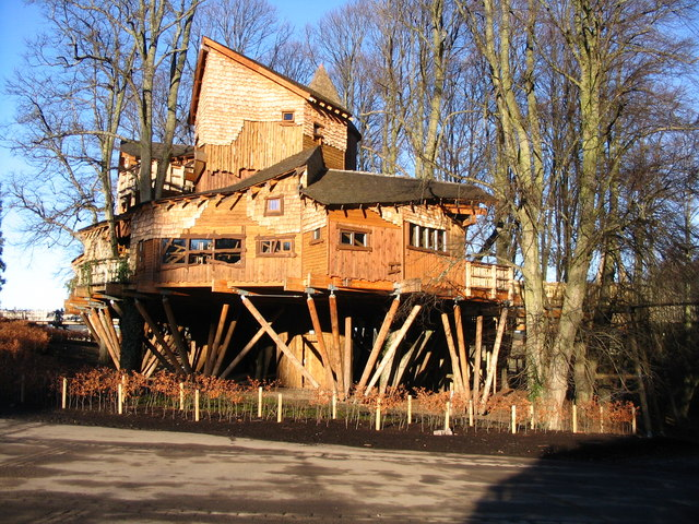 The treehouse at the entrance to Alnwick Gardens