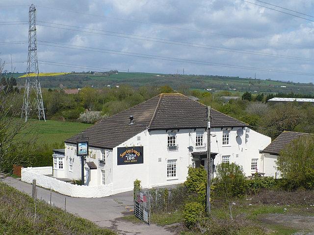 Port 'O' Call pub from railway bridge