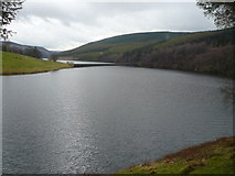 SK1789 : Ladybower Reservoir - View from Fairholmes Car Park by Alan Heardman