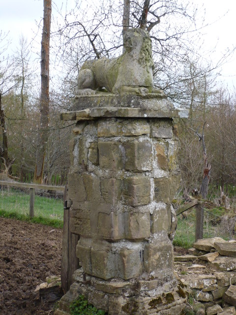 Gatepost at High Lions Lodge