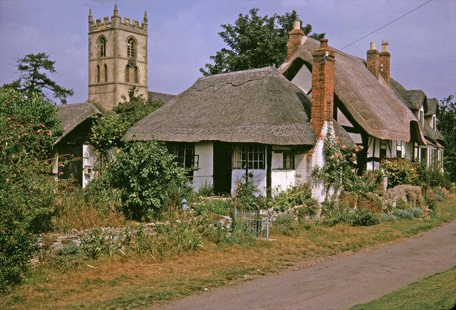 Ten-Penny Cottage,Welford on Avon, Warwickshire taken 1964