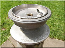 TQ1776 : Drinking fountain, Kew Gardens by David Hawgood