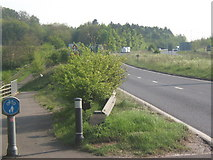 TM1154 : A140 dual carriageway and cycleway alongside by Andrew Hill