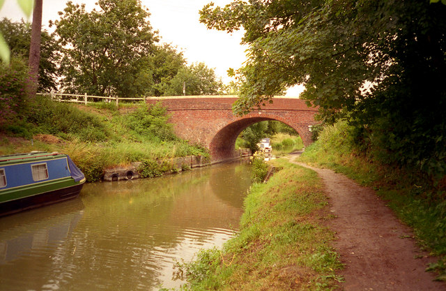 Pewsey Bridge 114, Kennet and Avon Canal
