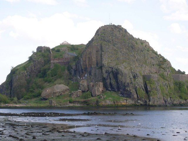 Closer view of Dumbarton Rock