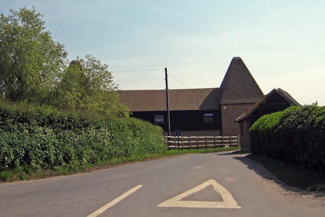 Prior Oast House, Denne Manor Lane, Shottenden, Kent