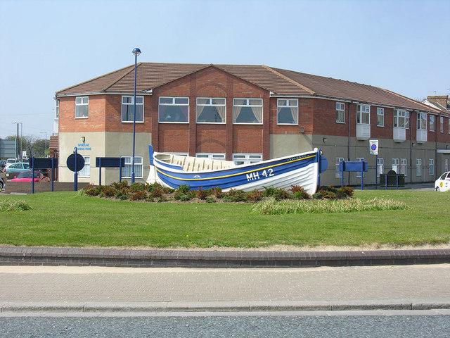 Roundabout boat