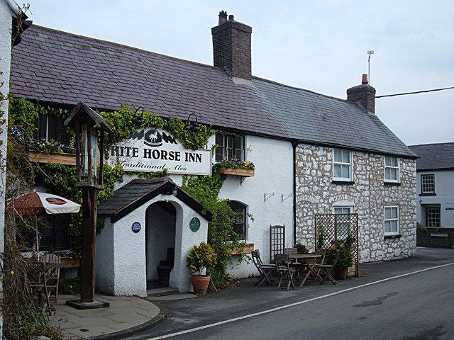 The White Horse Inn, Cilcain