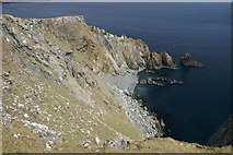 HP6613 : Cliffs at Valtoes, Hill of Clibberswick by Mike Pennington