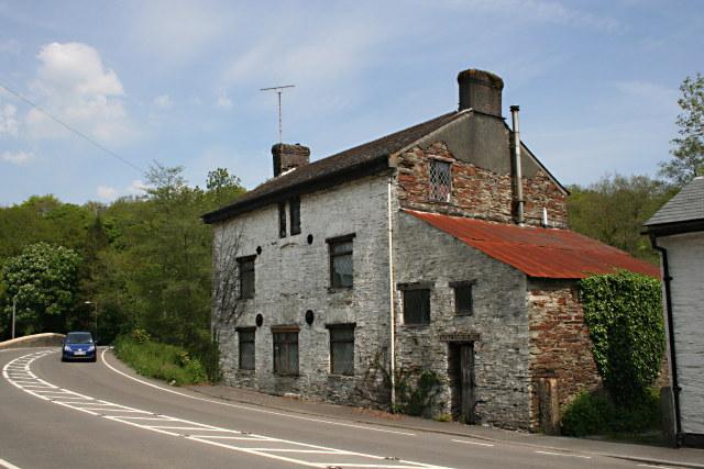 House by Bedford Bridge