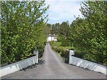 G8810 : House at Bridgecartron by Oliver Dixon