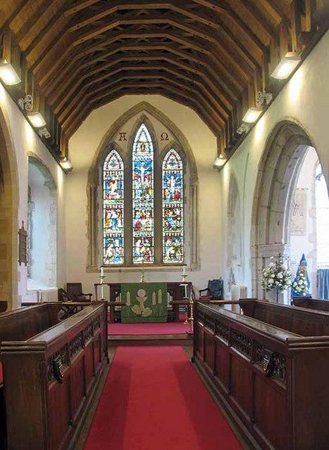 St Mary's Church, Kennington, Kent - Chancel