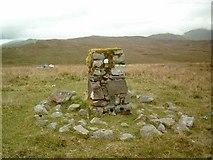 NN1522 : Bealach Nan Cabrach - Trig Pillar S5955 by Graeme Paterson