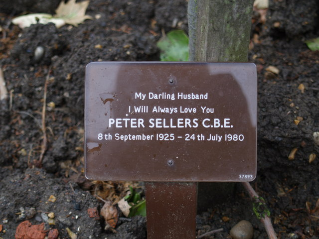 Peter Sellers ashes, Golders Green