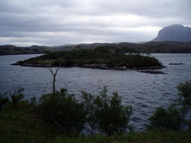 Small island close to the northern end of Eilean Mòr