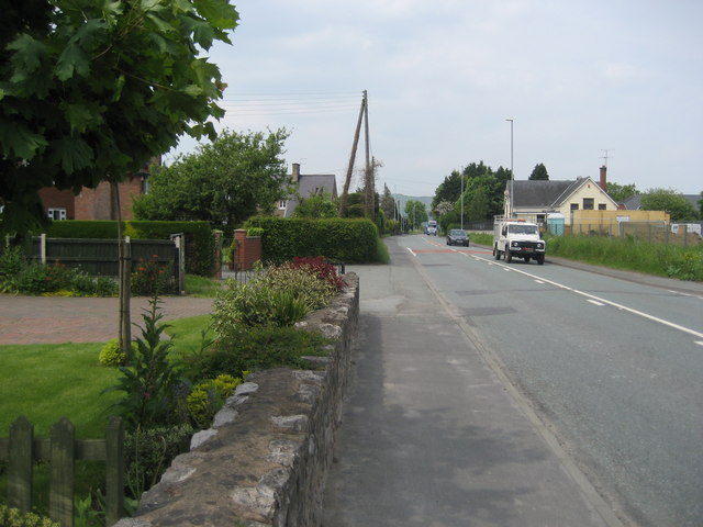 A483 in Four Crosses