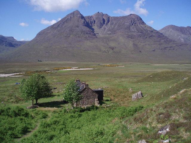Bothy, Mountain, Rowan