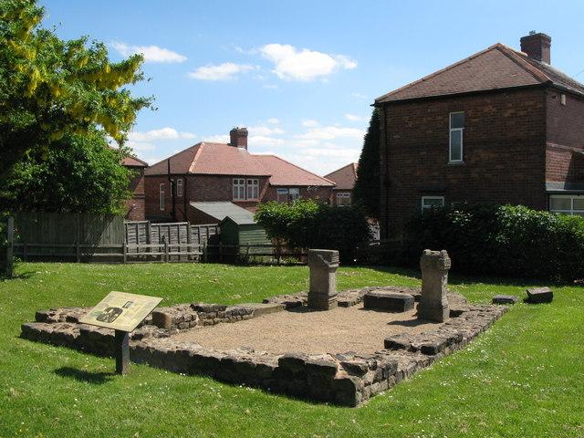 (Roman) Temple of Antenociticus (2)