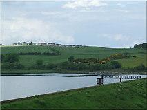 NS3572 : Auchendores Reservoir by Thomas Nugent