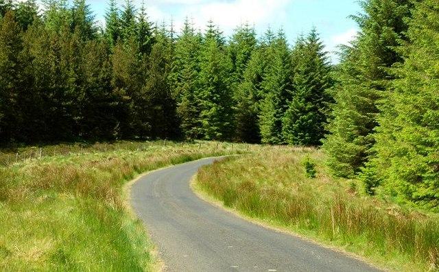 The Glendun Road near Altnahinch (4)