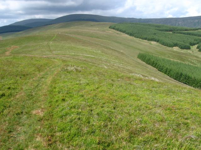 Seamab Hill to Commonedge Hill