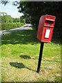 SO9655 : Post box at Grafton Flyford by Philip Halling