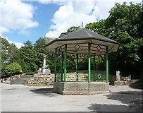 SE0511 : The bandstand, Marsden by Humphrey Bolton