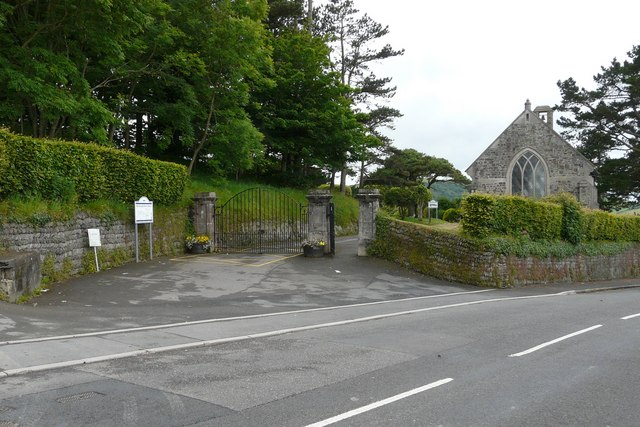 Ilfracombe Cemetery entrance on Marlborough Road