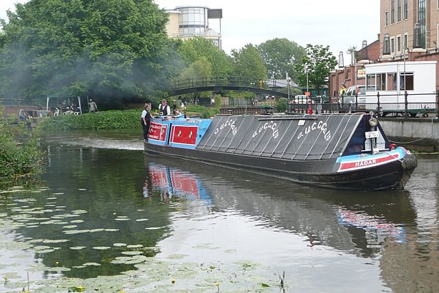 NB Hadar at Reading Waterfest